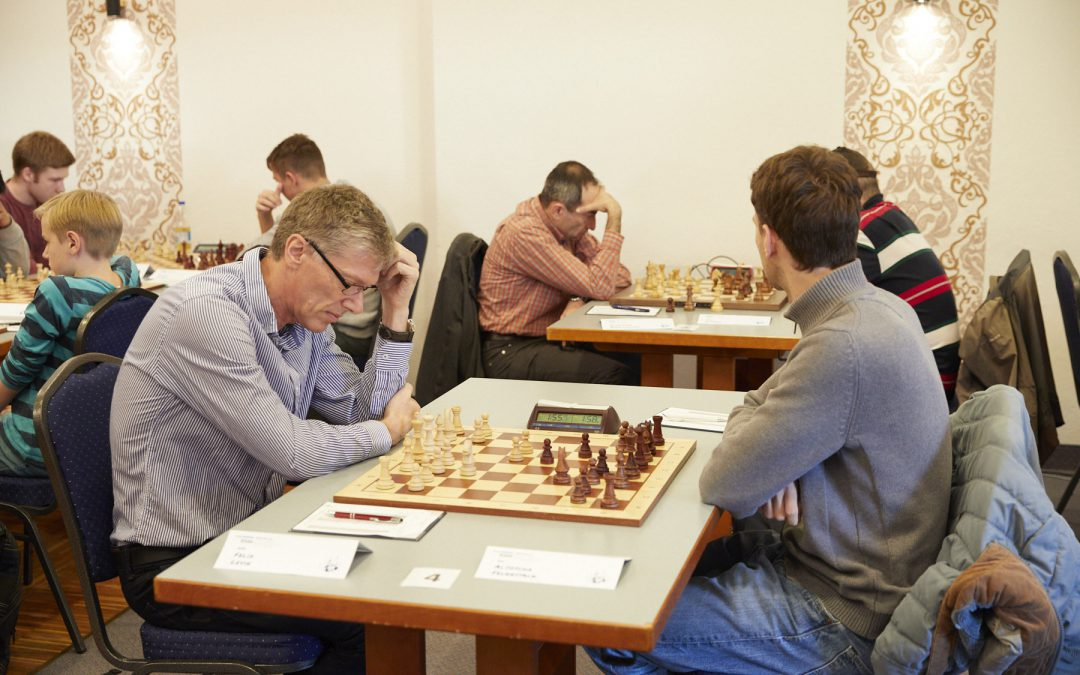 Runde 2 – 3 Großmeistern werden Remise abgerungen